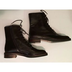 Coach leather boots sz:8.5 brown lace up